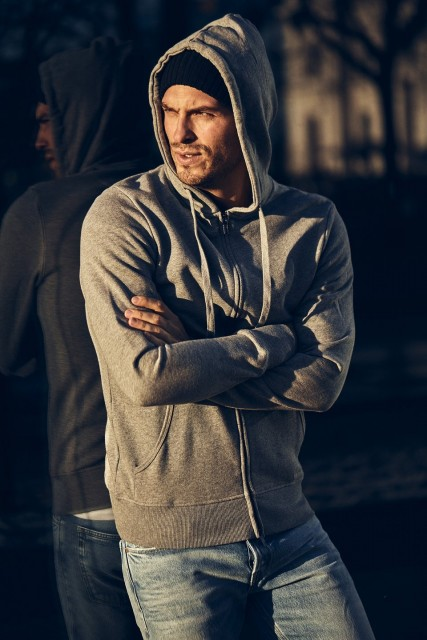 THE PRODUCT - Zip Hood - Image